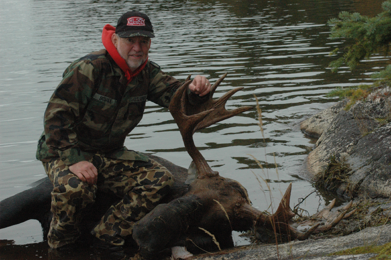 Jim Bosier with his bull Moose from Silsby