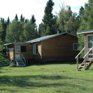 Aspen guest cabin - 3 bedrooms, 1 bathroom, large living area