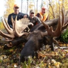 Saun Miller with giant bull from Cuddle Lake
